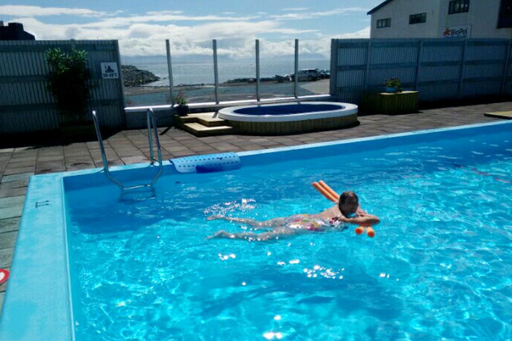 Schwimmbad Skagaströnd