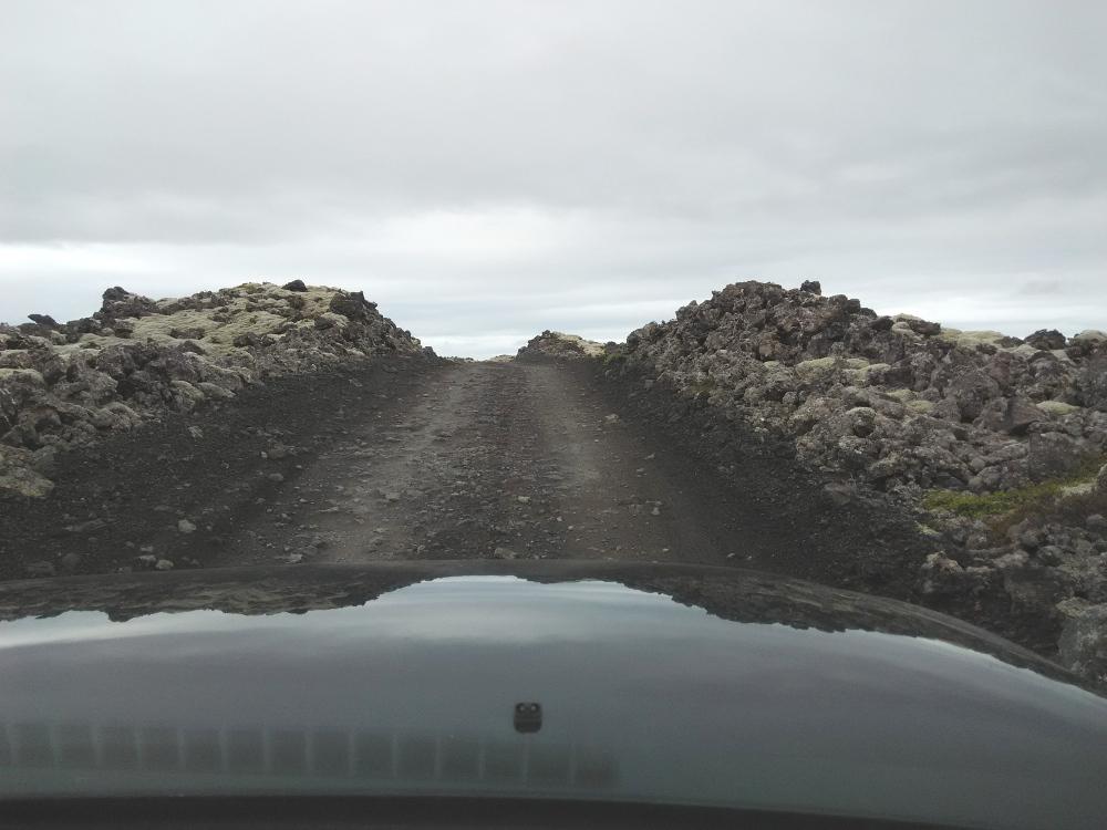 Durch die Lava
